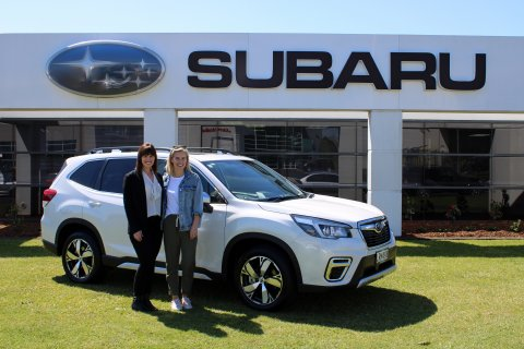 Subaru of New Zealand Marketing Manager Daile Stephens hands over the 2019 Subaru Forester to new brand ambassador Matilda Rice.