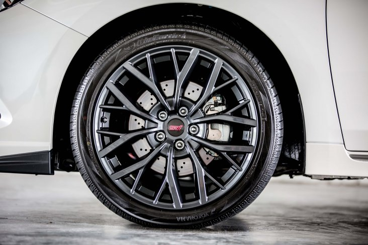 Subaru Legacy STI Performance 19inch alloy wheel and tyre package