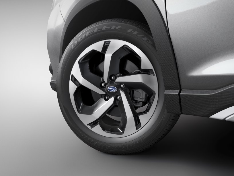 """The 2022 Forester Premium 18"""" wheels"""